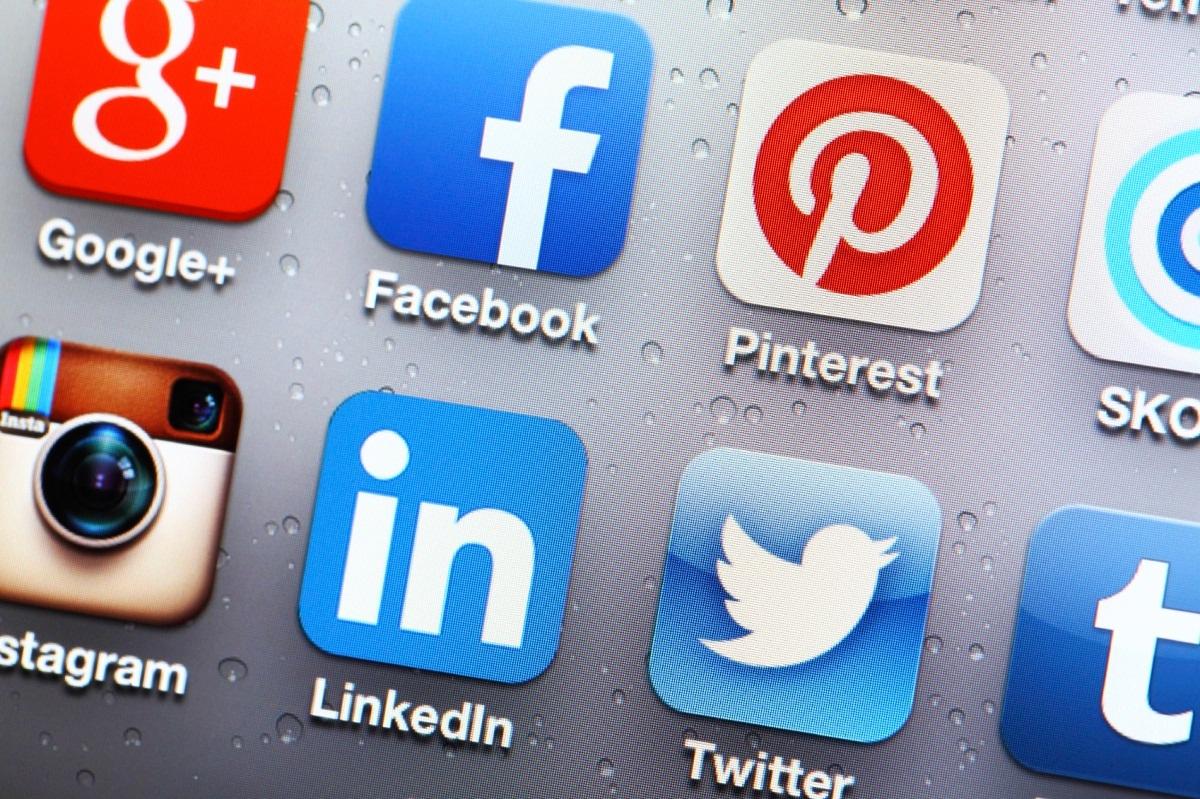 SOCIAL MEDIA-1